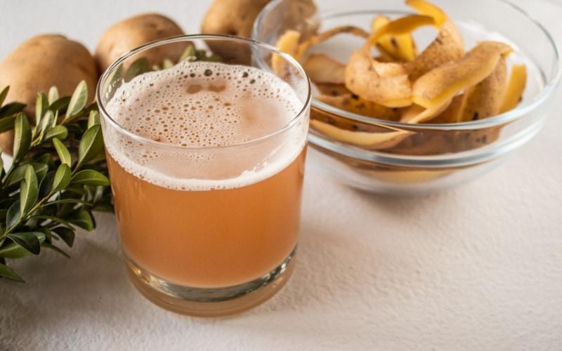 Nước ép khoai tây trị bụng rạn sau sinh